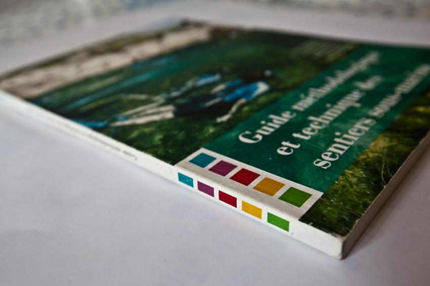 Guide Méthodologique et technique des sentiers sous-marins - Graphisme et mise en page